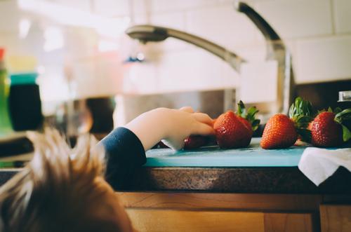 επιπλα-κουζινας-και-παιδια
